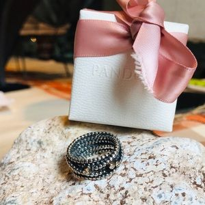 Authentic Pandora Entangled Beauty ring